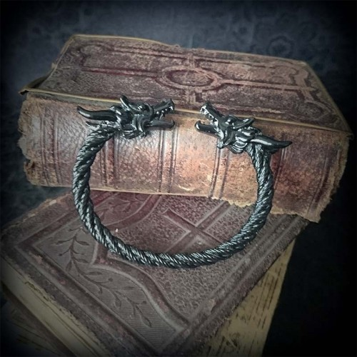 Bracelet torque en métal...