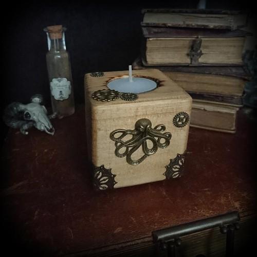Bougeoirs cube en bois...