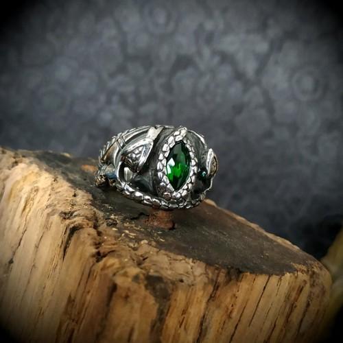 Bague d'Aragorn, anneau de...