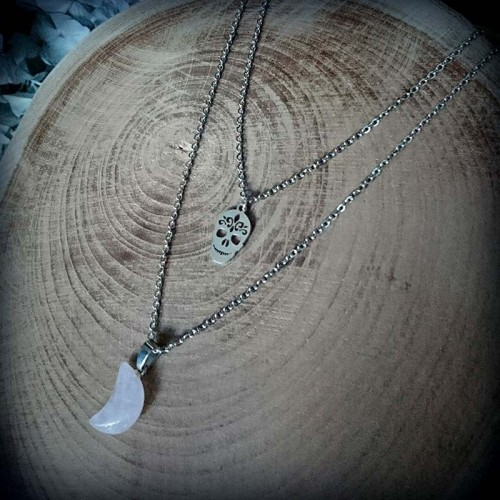 Collier demi-lune en quartz...