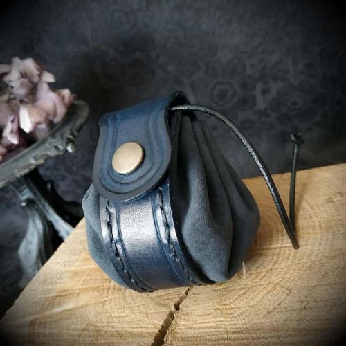 Bourse cuir artisanal bleue