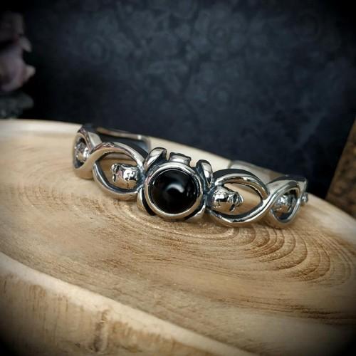 Bracelet torque gothique...