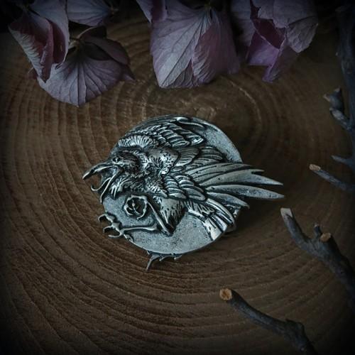 Broche corbeau 4cm couleur...