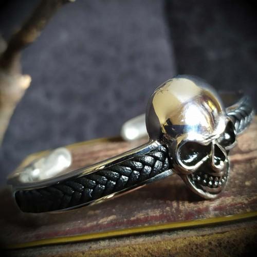 Bracelet torque acier tête...