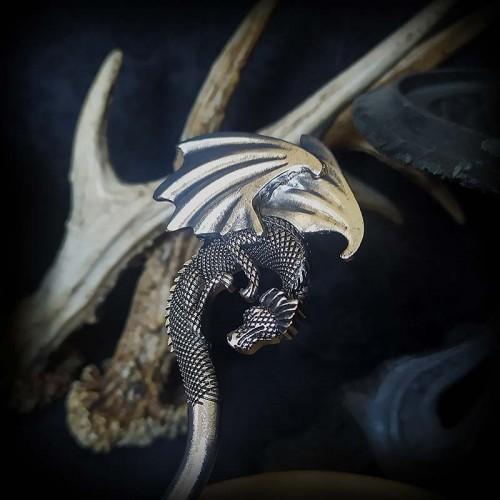 Pic à cheveux dragon 15 cm