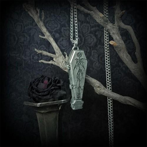 Collier pendentif cercueil...
