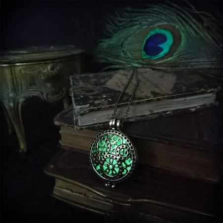 Bijoux Phosphorescent collier steampunk médaillon bronze / doré phosphorescent